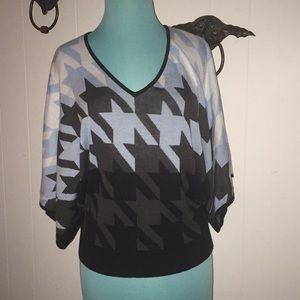 NEW YORK & CO dolman sleeve sweater XS
